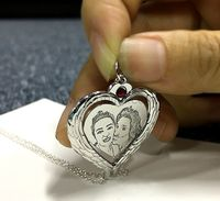 Heart Custom Photo Engraved Birthstone Necklace for Mom https://www.gullei.com/heart-custom-photo-engraved-birthstone-necklace-for-mom.html