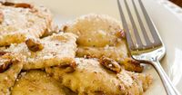 Back in 2008, my friend Bryan (the one who showed me how to make acorn flour) taught me how to make ravioli. I filled the ravioli with apple cinnamon filli...