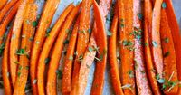 This is a super easy Thyme-Roasted Carrots recipe that goes well with a lot of different types of meals.