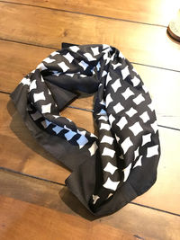 Beautiful Vintage Scarf, Black and White 100% Silk Scarf $12.99