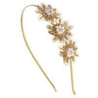 Dorothy Perkins Leather Flower Headband Pretty graduated gold leather and cream fabric flowers on a thin gold metal aliceband. http://www.comparestoreprices.co.uk/womens-accessories/dorothy-perkins-leather-flower-headband.asp