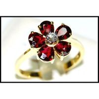 Flower Ruby Ring and Diamond Unique 18K Yellow Gold [RF0001]