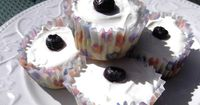 Blueberry Cheesecake cupcakes (gluten and sugar free)