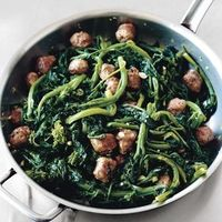 10 Broccoli Rabe Recipes that will Rock Your Green-Veggie-Eating World: Broccoli Rabe With Sweet Italian Sausage