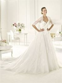 Off-the-shoulder v-neck with jacket sweep train lace wedding dress