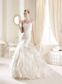 Romantic mermaid scoop the shoulder court train organza wedding dresses