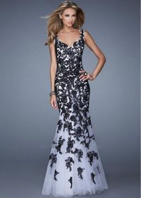 V neckline 21192 Lace Mermaid Prom Dress