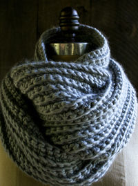 CROCHETED RIB COWL