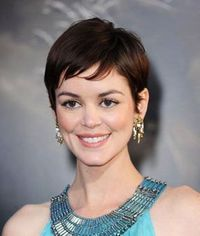 How to Get a Pretty Pixie Cut Right: Throw in a lot of layers to keep this crop from becoming too boyish. As for the fringe, ask your stylist to slice-cut side-swept bangs to create separation (nothing choppy or chunky!). Cut the hair on the nape ...