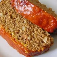 Bacon Cheeseburger Meatloaf | This meatloaf version of a bacon cheeseburger defies traditional assembly with delicious results. �€œLike�€ if you think bacon + cheeseburger = umm, yeah!