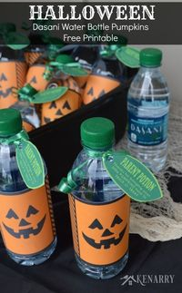 Halloween Dasani Water Bottle Pumpkins thank parents for coming to trick or treat. This free printable turns water bottles into festive Halloween snacks!