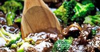A take-out fake-out recipe for broccoli beef made in the slow cooker. Made with sliced flank steak and seasoned with sesame oil, soy sauce, and brown sugar.