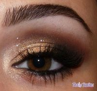 makeup gold smokey eyes - Click image to find more Hair & Beauty Pinterest pins