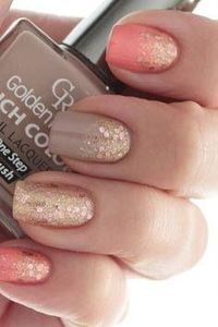 awesome golden nails