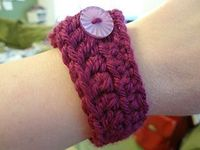 Beginner Bracelet -- simple and quick pattern to practice chaining, single crochet, half-double crochet, double crochet, and finishing.