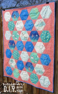 Today's Wee Wander Blog tour features a giant hexagon quilt pattern you will want to have on hand! Hexagons are my favorite�€�but it is so time consuming to make