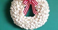 {HOLIDAY DIY: marshmallow wreath} | The Sweet Escape