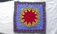 """Ravelry: Free SmoothFoxs Starburst Flower Square pattern by Donna Mason-Svara. I love these colors! Original pattern here: http://smoothfoxlover.blogspot.com/2011/02/smoothfoxs-starburst-flower-square.html. Thanks for sharing! ¯ (�ƒ"""") /..."""