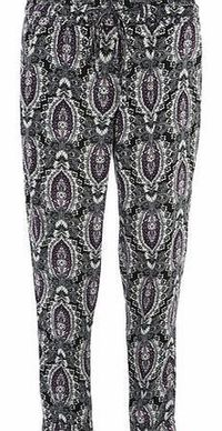 Dorothy Perkins Womens Purple and Black Paisley Print Joggers- Purple and black paisley joggers with pocket detail and tie front waist. Length is 78cm. 100% Viscose. Machine washable. http://www.comparestoreprices.co.uk//dorothy-perkins-womens-purple-...