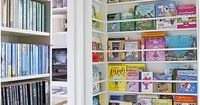 floor to ceiling book shelf, thinking of doing this in Lauren's room, behind the rocking chair. she LOVES reading and has a TON of books. Great way for her to see all of the titles...
