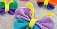 There are so many things to do with this adorable felt butterfly craft! Toss a magnet on the back for instant fun on your refrigerator. Attach to hair clips or
