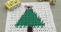 The Christmas-Tree Wash Cloth pattern from AG Hand Mades