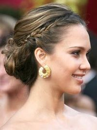 Wedding reception - looks like this would be a pretty simple updo