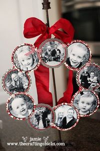 Family photo wreath -- cute holiday idea that will become cuter as�€� | Spark | eHow.com