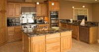 Traditional Light Wood Kitchen Cabinets