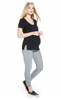 Enter for your chance to win an amazing prize package from Mayarya, a brand of stylish and high quality clothing for before, during and after pregnancy.