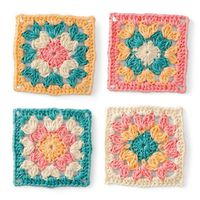 crochet / Love the colors in this granny square