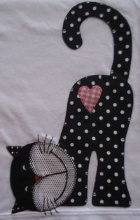 omg this is soooo cute! will be using this for a giving quilt, someone will just love this kitty Camiseta infantil com patchcolagem