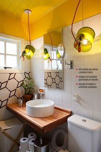 yellow ceiling in the bathroom