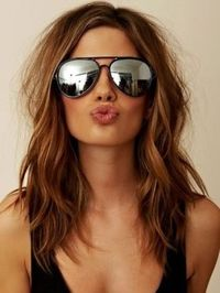 Hipster Hairstyles for Girls - Long hipster locks offer stylish alternatives to mainstream hair trends. Check out the best hipster hairstyles that you can adapt to fit your own style.