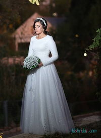 H0497 Modest long-sleeved sparkly sequined wedding dress More Details: https://tinyurl.com/yazaozxg