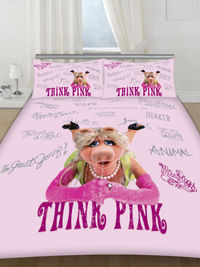 Little Miss Piggy Double Duvet Cover and Pillowcase Bedding The Muppets Little Miss Piggy Double Duvet Cover and Pillowcase Double Size. Duvet Size 200cm x 200cm (78in x 78in). Two Pillowcases Each Size 48cm x 74cm (19in x 29in). 50% c...