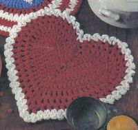 """Free Crochet Pattern - Heart Shaped Hot Pad. I �™��""""›�""""ž�""""��""""�™� the design of this heart!"""