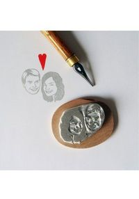 Cool wedding ideas: Lilimandrill Portrait Stamps