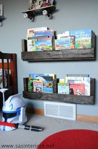 I am a sucker for pallet projects and love easy diy shelves. Today Jenna from SAS Interiors is going to show us how to make a pallet shelf in just a few short s