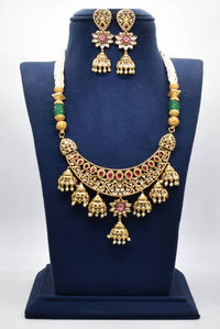 beautiful Real kundan necklace with 24ct gold plating. $251.00