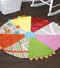 Cute baby gift with fabric scraps: Textural Play Mat