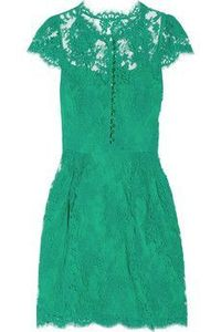 Love this green lace dress!