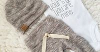 gender neutral oatmeal newborn outfit | baby take home outfit | neutral baby�€�