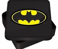 Batman Half Moon Bay - Batman Sandwich Tin Retro Style Lunch Tin. With the Batman image on the Lid. Approx. 14.4 x 14.5 x 3 cm. Ideal for packed lunches (Barcode EAN = 5055453417832). http://www.comparestoreprices.co.uk//batman-half-moon-bay--batm...