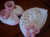 Easy Baby Booties and Hats Hat-Pattern