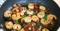 Buttery Shrimp with Bacon - three ingredient Low Carb High Fat LCHF Keto recipe