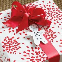 86 Fresh Christmas Decorating Ideas | Make Your Own Gift Tags | SouthernLiving.com