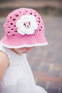 Minnie Mouse Hat Pink and White Crocheted Sunhat