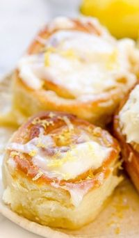 Have you ever wondered what cinnamon rolls would taste like, sans cinnamon? Why aren't there more recipes for sticky, gooey, and sweet breakfast rolls without c