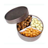 420gr mixed nuts. Hasselnötsmix, cocoa almonds and licorice almonds in a nice brown box.